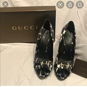 Gucci Hollywood stilettos size 9 black and white